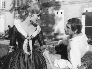 Робер Оссейн и Мишель Мерсье на съемках фильма «Анжелика и король» 1966г.